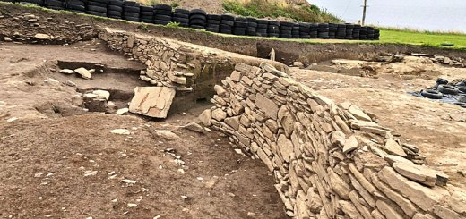 The lower revetment wall of the Iron Age ditch in Trench T at the Ness of Brodgar. (Sigurd Towrie)