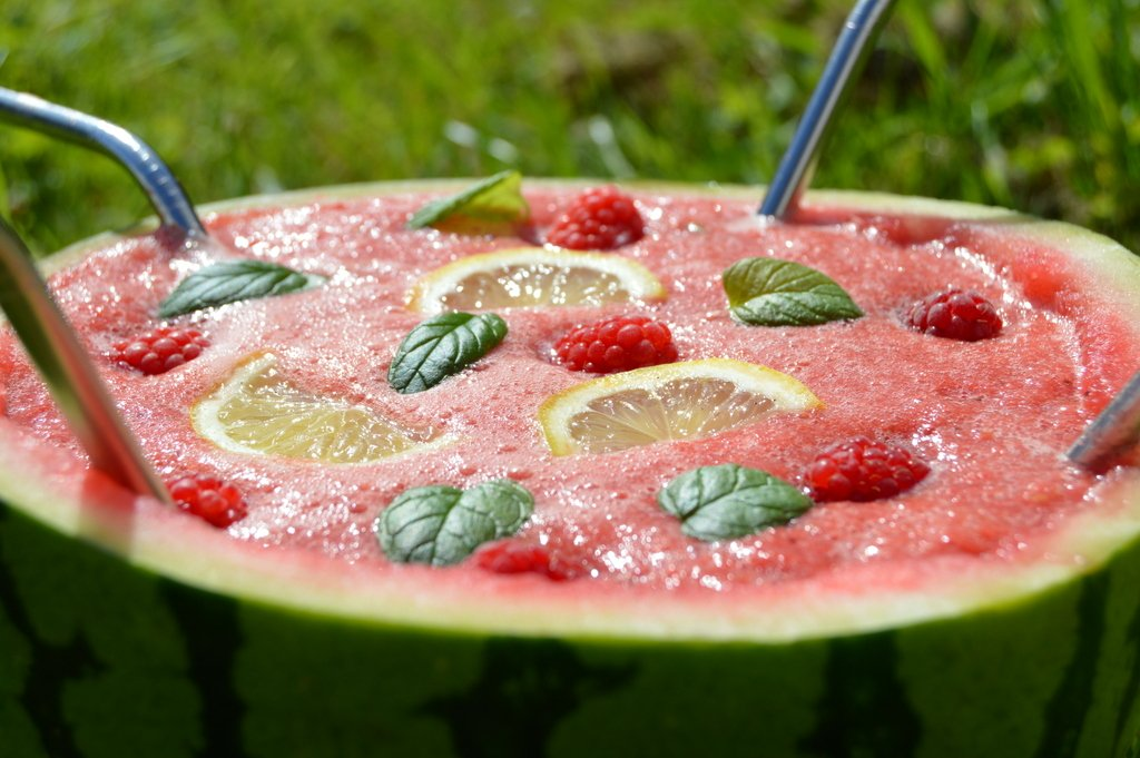 Just Raspberry, Watermelon and lemon in Raspberry Watermelon Lemonade The perfect summer drink