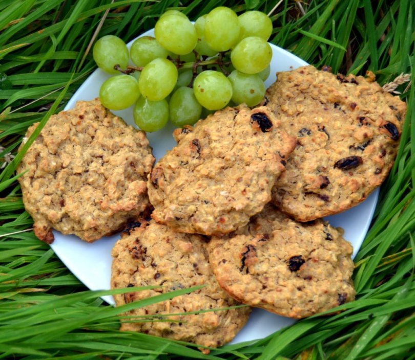 raisin banana oat biscuits recipe