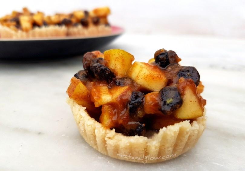 Delicious Easy Vegan Raw Mince pie