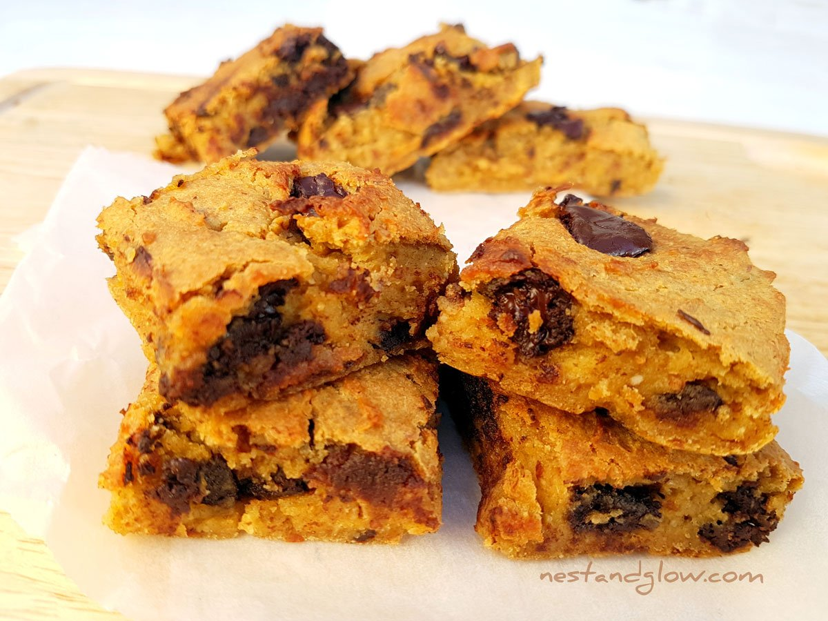 Chocolate Chip Almond Chickpea Blondies