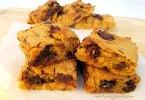 Chocolate Chip Almond Chickpea Blondies Recipe