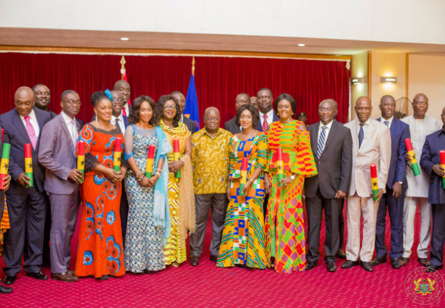 Gov't reshuffle looms as President meets with appointees today