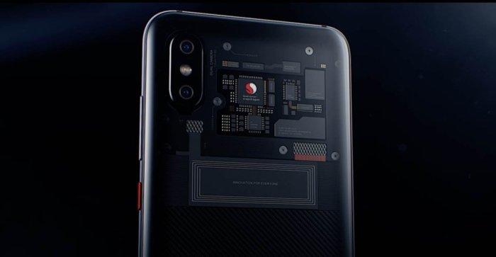 Xiaomi Mi 8 Explorer Edition, con Qualcomm en la parte trasera.
