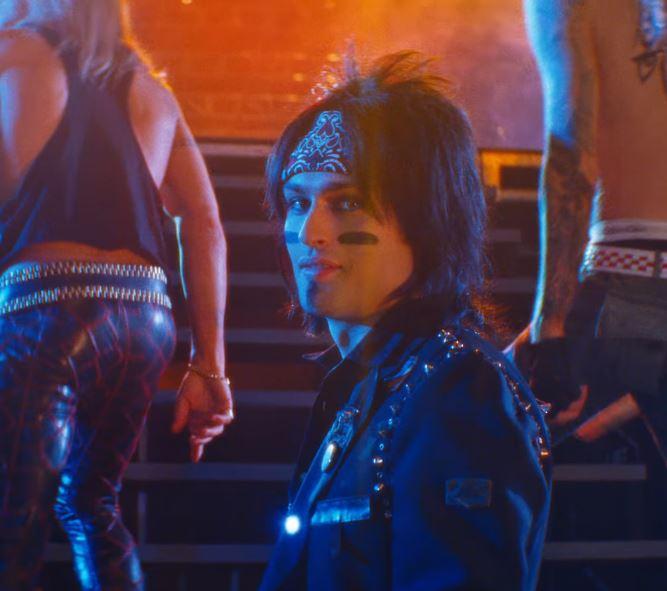 The Dirt : le biopic sur Mötley Crüe arrive en mars sur Netflix