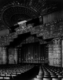 Graumanegyptian opening1922 Netflix rachète un cinéma Mythique à New York