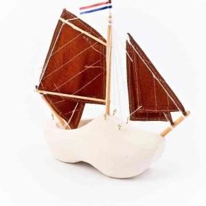 Wooden Shoe Boat Small - Woodenshoefactory Marken