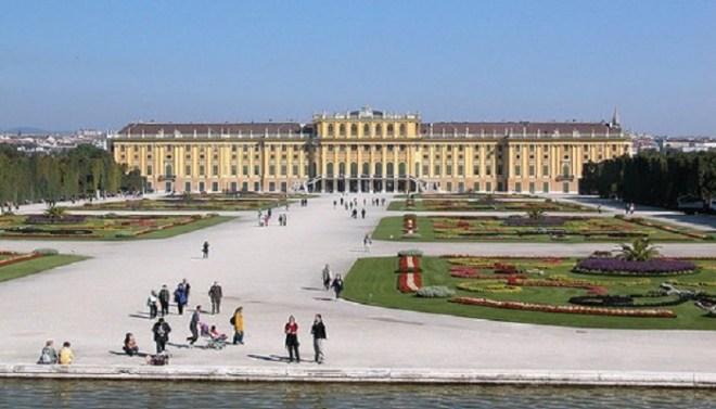 schonbrunn-palace-netmarkers