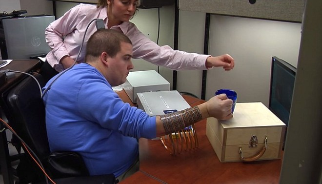 paralyzed-man-moves-hand-after-5-years-netmarkers