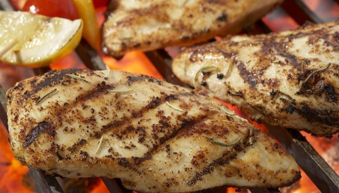 Grilled-Chicken-Stuffed-with-Cheese-and-Peppers-Netmatrkers