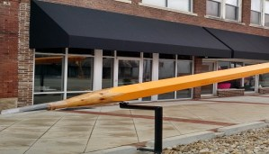 World's-largest-pencil-Netmarkers