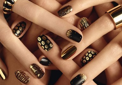 Try Out These Nail Arts To Embellish Your Nails!