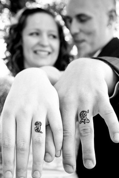 Finger-couple-tattoo-netmarkers