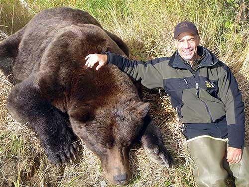 Jæger fik mega Alaskabjørn på
