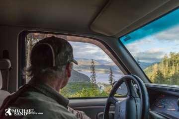 Svenskerne diskuterer nu jagt på vildsvin fra biler