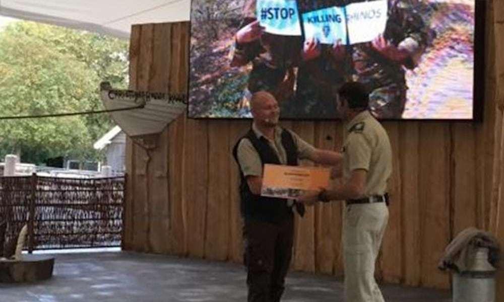 Aalborg Zoo støtter bekæmpelsen af krybskytteri