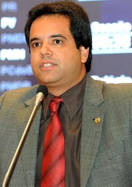 Edilázio Júnior (PV)