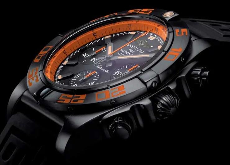 Hingucker: Breitling Chronomat 44 Raven