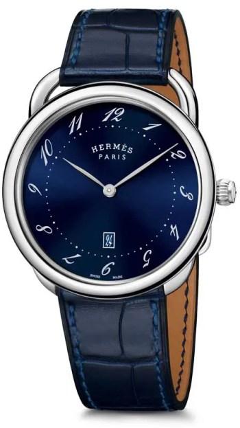 Hermès präsentiert die Arceau Très Grand Modè_Bleu