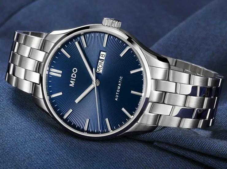Mido Selection Blue: drei Uhrenmodelle in der Sommerfarbe Blau