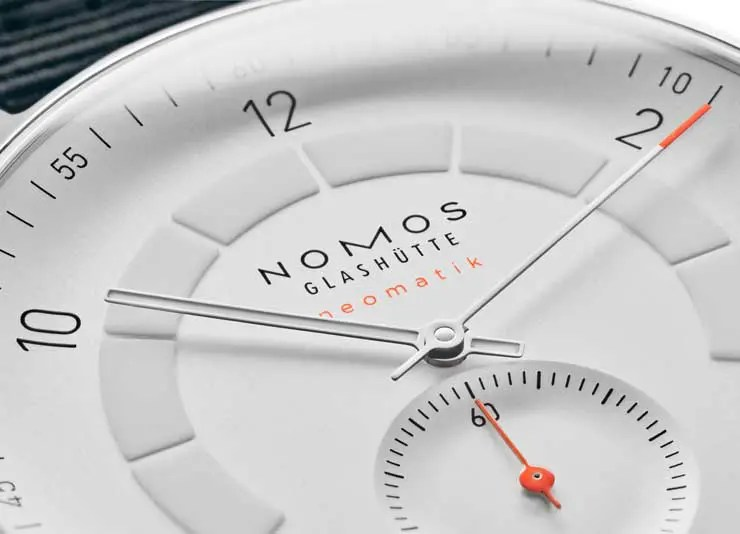 nomos Autobahn neomatik 41 Datum Referenz 1301