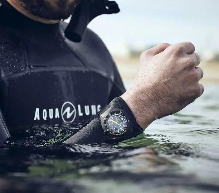Doxa SUB 300 Carbon Aqua Lung US Divers