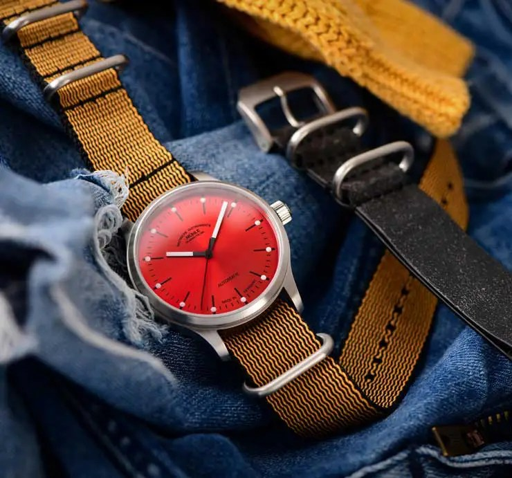 740Der Style geht steil: Die neue Panova in Rot