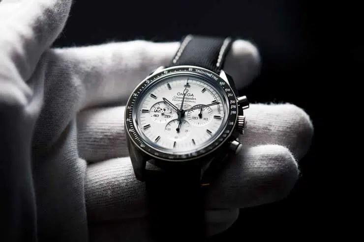 740 chronext omega speedmaster snoopy chronext watchroll © Chronext