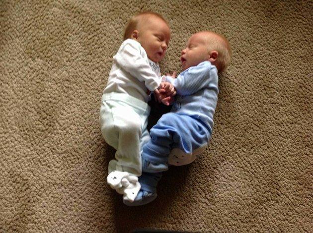 jumeaux trop mignons 9