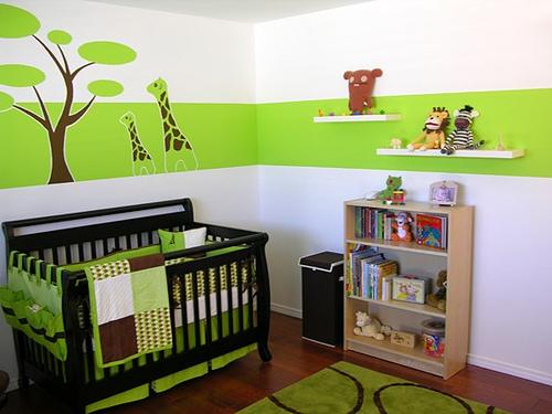 chambre verte bebe jungle girafes