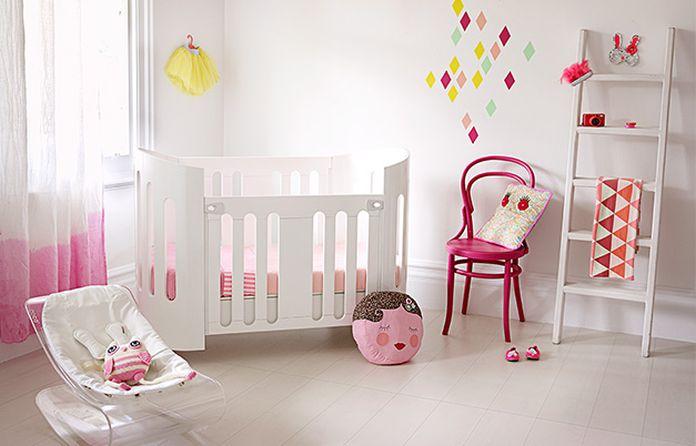 chambre bebe blanche et rose