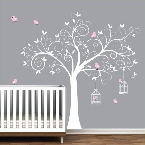 chambre bebe grise et rose sticker arbre oiseaux