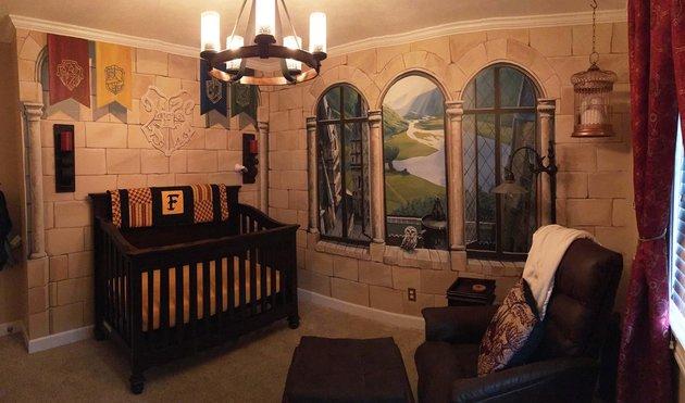 parents-creent-chambre-harry-potter-pour-bebe