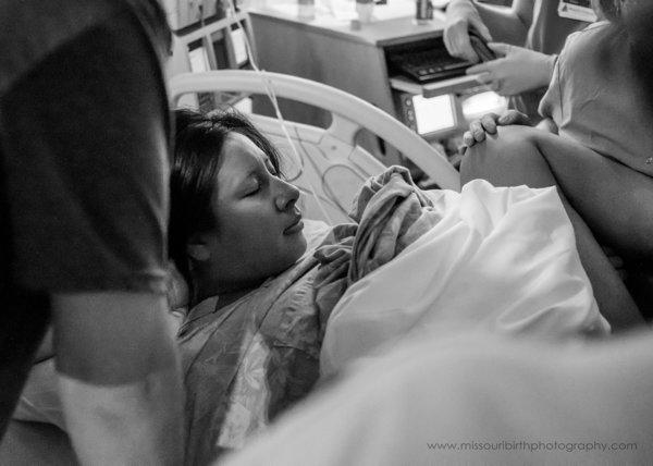 photos-accouchements-futurs-parents-photographes-professionnels-5