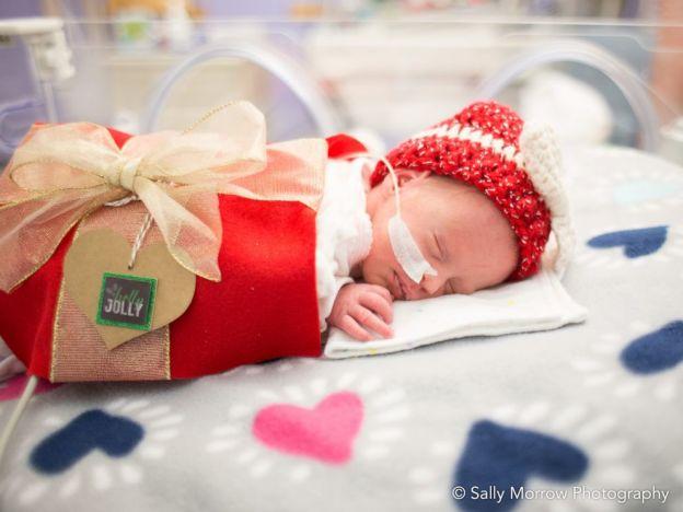 bebe cadeau pere noel 4