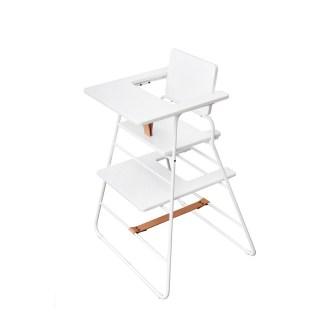 chaise haute en blanc