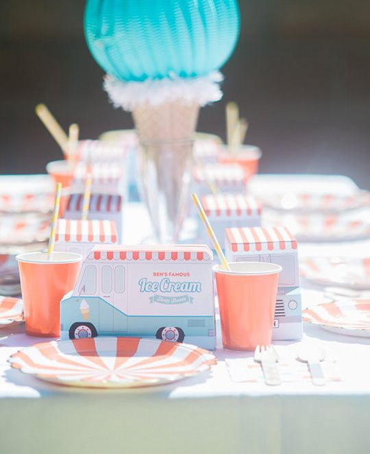 ice cream-camion-neuf-mois
