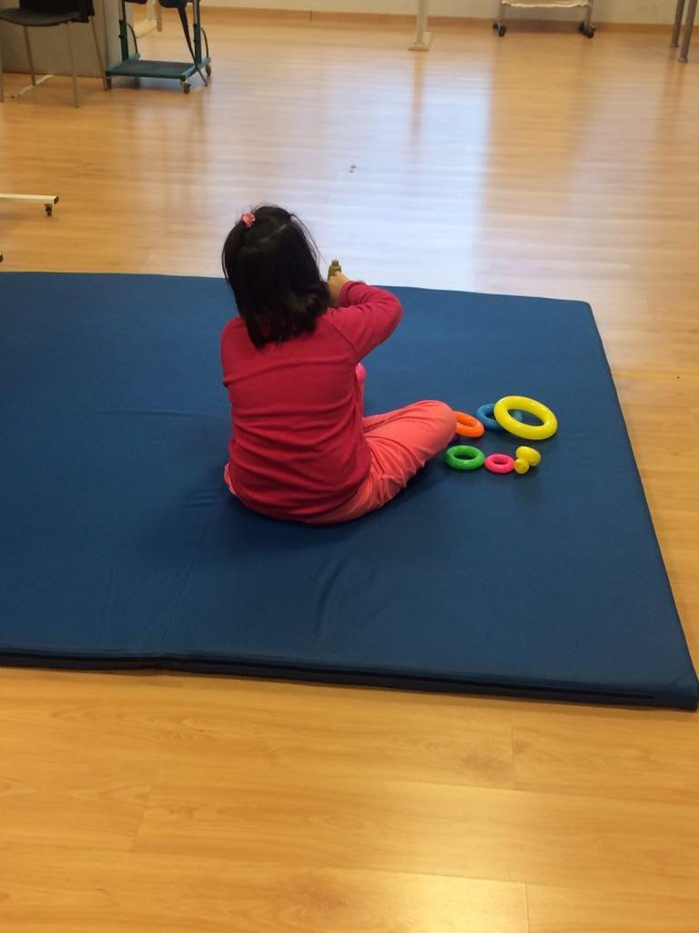 Con la fisioterapia ayudamos a conseguir un mayor desarrollo e integración de las personas con TEA en el ámbito familiar, escolar y lúdico