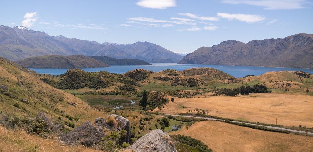 Lake Wanaka mit umliegender Gegend