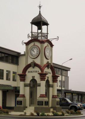 Uhr an der Hauptstraße von Hokitika