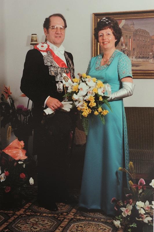 1977 S.M. Hermann Josef I. Konrads mit Christel geb. Paar