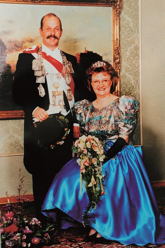 1993 S.M. Christian V. Hellendahl mit Hildegard geb. Solbach