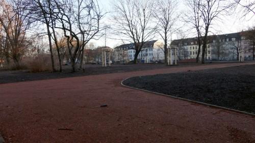 noch hinter Gitern - die neuen Wege auf dem Alaunplatz