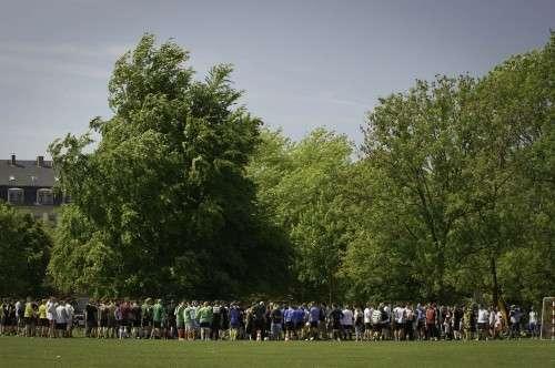 Großer Andrang vor Spielbeginn - Anklicken zum Vergrößern.