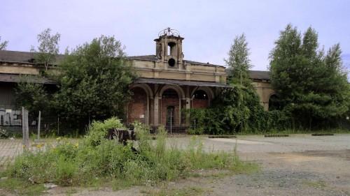Das Gelände am Alten Leipziger Bahnhof ist zurzeit ziemlich verwildert.