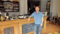 """Thomas Senninger hat auf der """"Bautzner"""" eine Weinwirtschaft eröffnet."""