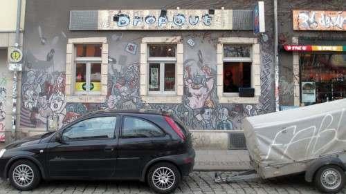 Das Drop Out mit der markanten Fassade