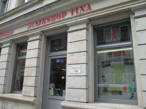 Bekannt durch dudelndes Radio und Promo-TV: Musikhaus Tina
