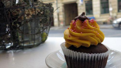 "Cupcake ""Marlene Mango"""