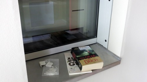 Künftig können die Bücher rund um die Uhr am Automaten abgegeben werden.